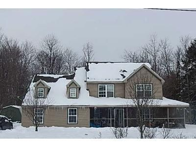 3 Bed 2.5 Bath Foreclosure Property in Pocono Pines, PA 18350 - Greenwood Drive