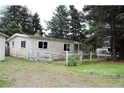 2 Bed 2 Bath Foreclosure Property in Bandon, OR 97411 - North Ave NE