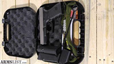 For Sale/Trade: Gen 3 Glock 19 Bi-tone