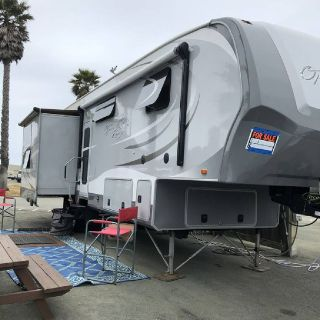 By Owner! 2013 36ft. Open Range Roamer 345RLS w/3 slides