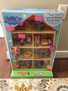 Peppa pig family home playset pu today!