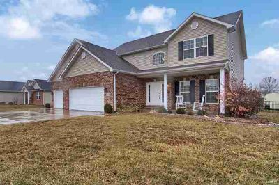 1138 Whimbrel Run Mascoutah Five BR, Welcome Home to one of