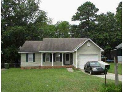 3 Bed 2 Bath Foreclosure Property in Hopkins, SC 29061 - Sky Lane Dr