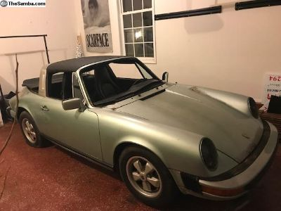 1976 porsche 911s targa Ice Metallic Green solid