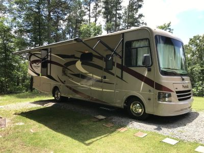 2016 Coachmen PURSUIT 31BD