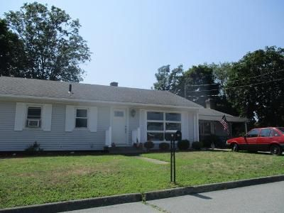 3 Bed 1 Bath Foreclosure Property in Acushnet, MA 02743 - Westland St