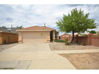 2 Bed 2 Bath Foreclosure Property in Albuquerque, NM 87121 - Crepe Myrtle Rd SW