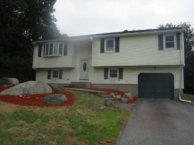 3 Bed 1 Bath Foreclosure Property in Johnston, RI 02919 - Loxley Dr