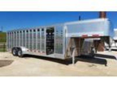"2019 Eby 6'8"" x 24' GN Maverick Livestock Stock"