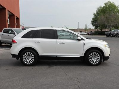 2011 Lincoln MKX Base (White)