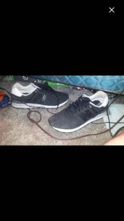 New balance shoes only been worn a couple times