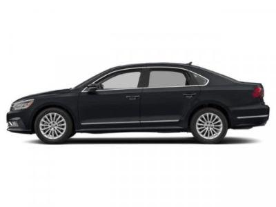 2019 Volkswagen Passat 2.0T Wolfsburg Edition (Deep Black Pearl Metallic)
