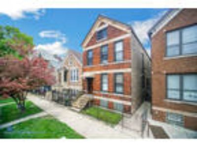 Chicago Six BR, 945 West 31st Place , IL Listing Price: