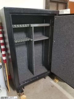 For Sale: Liberty FatBoy Jr. (48-gun Safe)