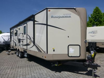 2019 Forest River  ROCKWOOD Windjammer 2715V