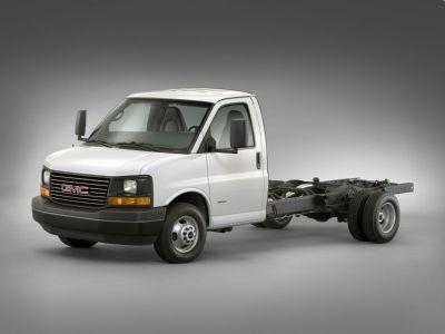 2019 GMC Savana Cutaway Work Van (Summit White)