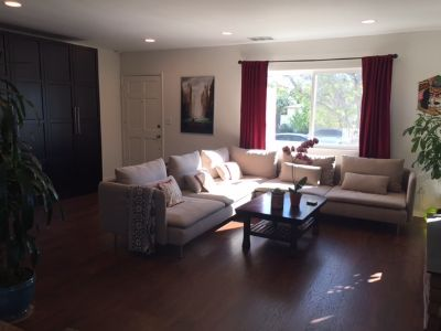 room for rent in newly remodeled beautiful 3 bedroom house