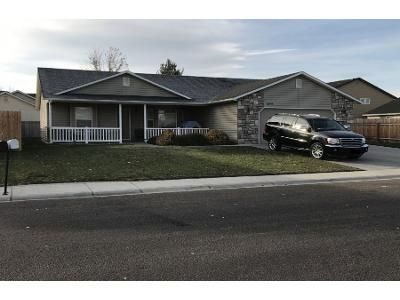 3 Bed 2 Bath Preforeclosure Property in Nampa, ID 83687 - E Shellbrook Dr