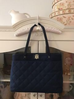 """Tommy Hilfiger navy blue purse (18"""" across at the widest) Excellent condition - POMS"""