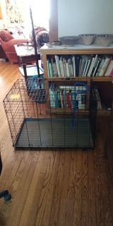 Dog crate(MOViNG SALE)