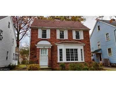 3 Bed 1 Bath Foreclosure Property in Cleveland, OH 44121 - Pennfield Rd