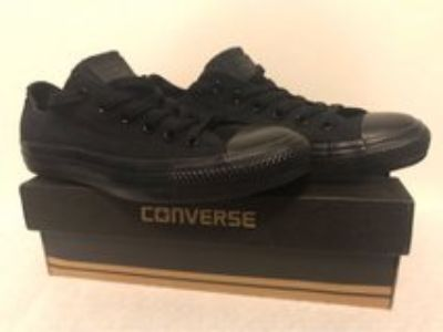 CONVERSE Chuck Taylor Women s Size 8