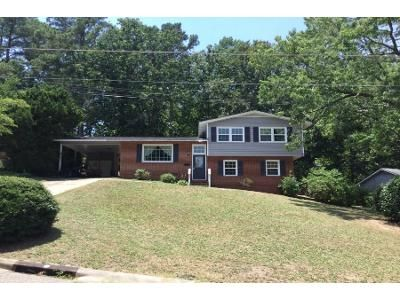 3 Bed 2.5 Bath Foreclosure Property in Fayetteville, NC 28303 - Edenwood Dr
