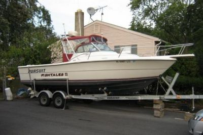 1986 Tiara Pursuit 2550