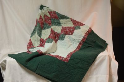 Quilt (hand quilted)