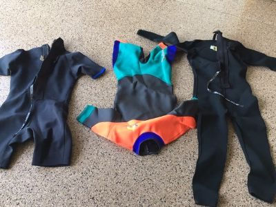Men's Wet Suits 3 ea