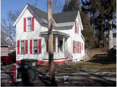 3 Bed 1 Bath Foreclosure Property in Glens Falls, NY 12801 - Haskell Ave