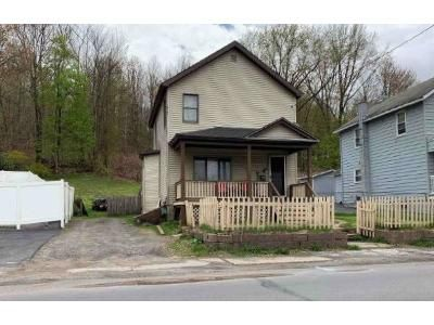 3 Bed 1 Bath Foreclosure Property in Carbondale, PA 18407 - Belmont St