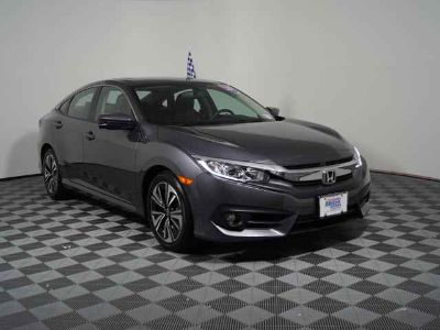 Used 2017 Honda Civic CVT w/Navigation