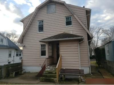 3 Bed 1.5 Bath Foreclosure Property in Hawthorne, NJ 07506 - Taylor Ave