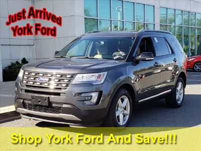 2016 Ford Explorer XLT (magnetic)