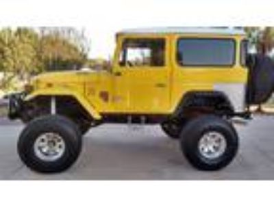 1972 Toyota Land Cruiser FJ40 350 Full Restoration