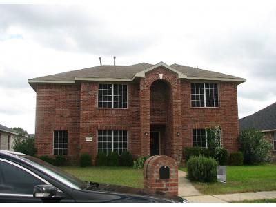 4 Bed 2.5 Bath Preforeclosure Property in Mesquite, TX 75181 - Pinenut Dr
