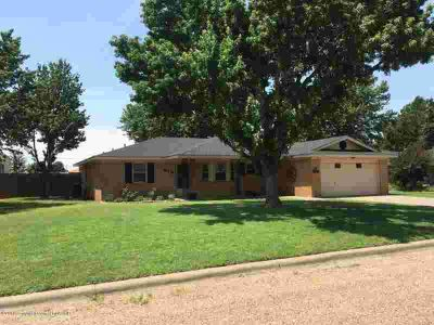 314 Coronado St Fritch Three BR, This is a house you can just
