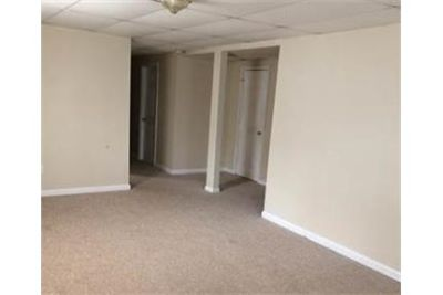 2 bedroom Apartment withseparate entrance.