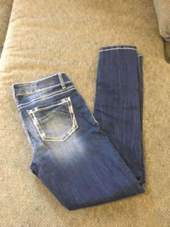 Daytrip from the buckle or lynx skinny jean size 29