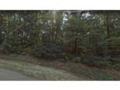 Residential Lot In Subdivision Mialaquo Coves, TN