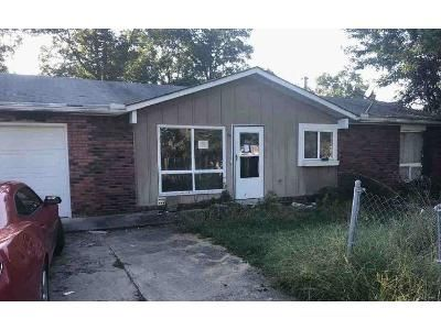 3 Bed 1 Bath Foreclosure Property in Catlettsburg, KY 41129 - New Ridge Rd