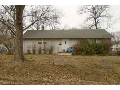 3 Bed 1 Bath Foreclosure Property in Rich Hill, MO 64779 - E Elm St