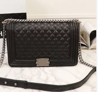 New Black Women Handbag comes with dust bag Contact for details