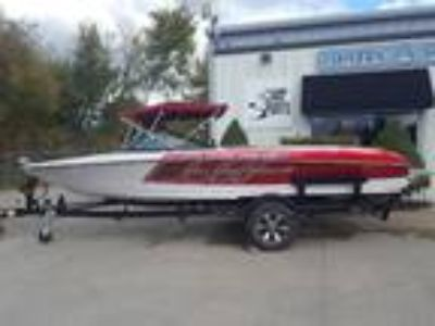 2014 Nautique Ski 200 Closed Bow