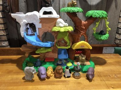 Fisher Price Little people jungle makes noises