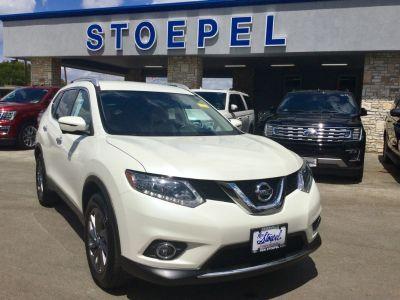 2016 Nissan Rogue SL (Pearl White)