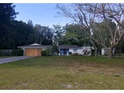 2 Bed 1 Bath Foreclosure Property in Nokomis, FL 34275 - Mission Valley Blvd