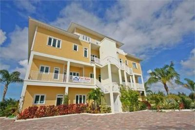 Condo for Sale in Nassau, New York, Ref# 200316919