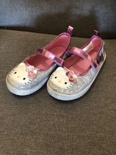 Hello Kitty shoes size 10